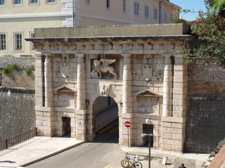 Puerta Kopnena vrata