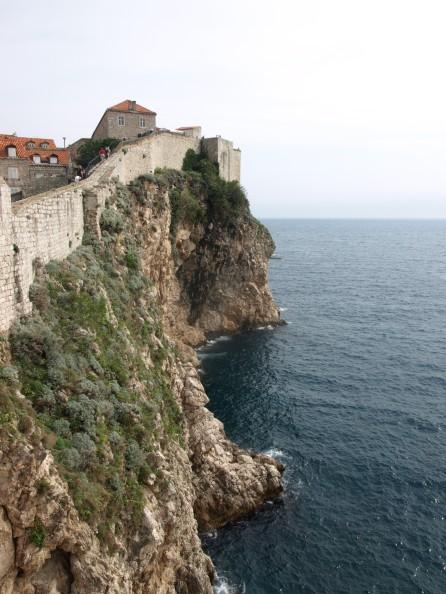 Murallas al borde del acantilado