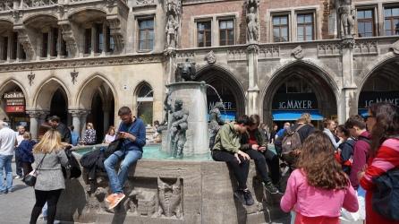 Fischbrunnen (Fuente del pez)