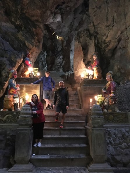 Cueva Huyen Khong