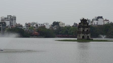 Torre de la Tortuga y Puente Huc al fondo