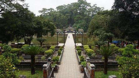Puente de Thong Minh Chinh Truc