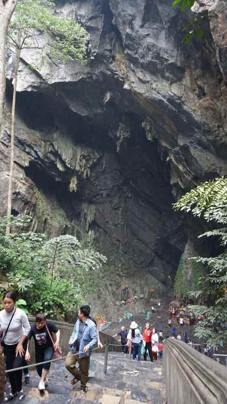 Cueva Huong Tich